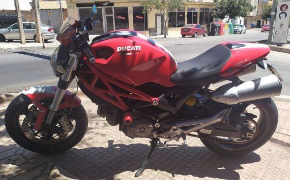 Ducati Monster 696 2008 (6)