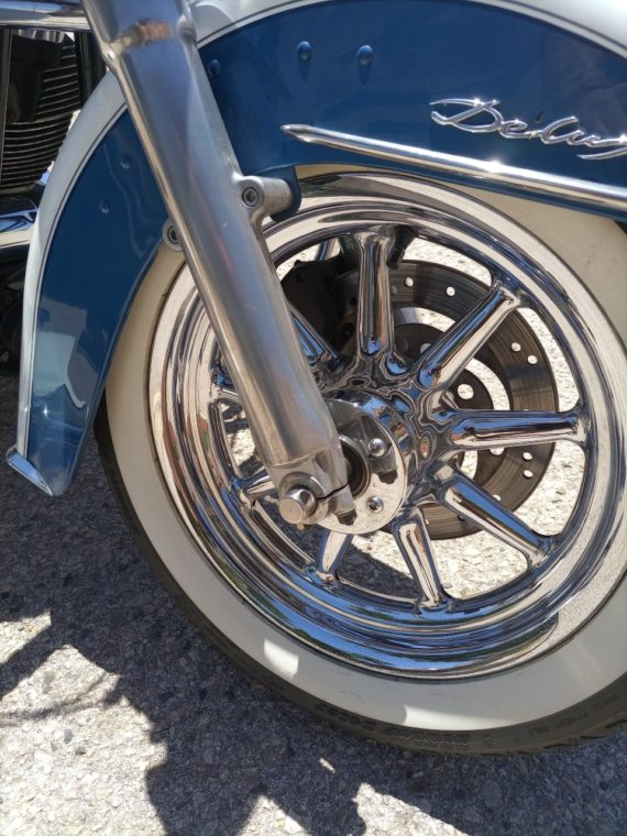 HD SOFTAIL DELUXE 04 (1)